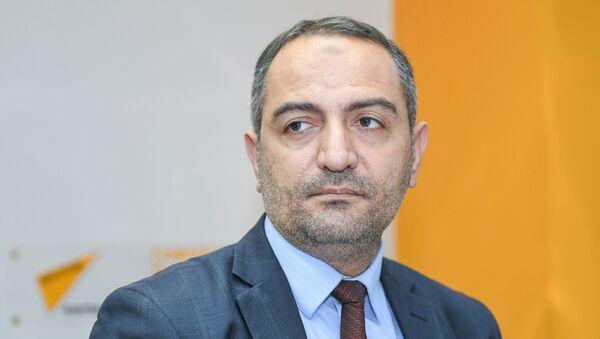Председатель ОО Изучение экономических ресурсов Руслан Атакишиев - Sputnik Азербайджан