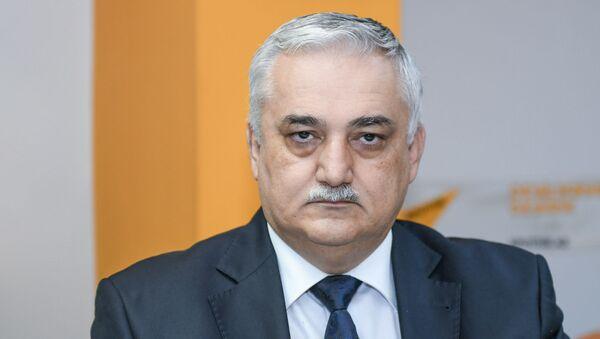 Экономический обозреватель Sputnik Азербайджан Фуад Ализаде - Sputnik Азербайджан
