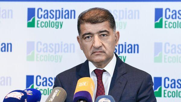 Заместитель министра экологии и природных ресурсов Фирдовси Алиев - Sputnik Азербайджан