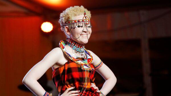 Первый  в мире конкурс красоты для альбиносов Mr. & Miss Albinism East Africa в Кении - Sputnik Азербайджан