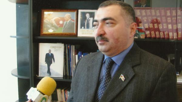 Депутат ММ Руфат Гулиев - Sputnik Азербайджан