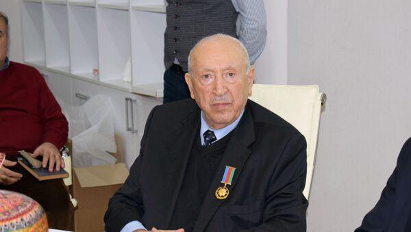 Таир Салахов принял участие на научной сессии в НАНА - Sputnik Азербайджан