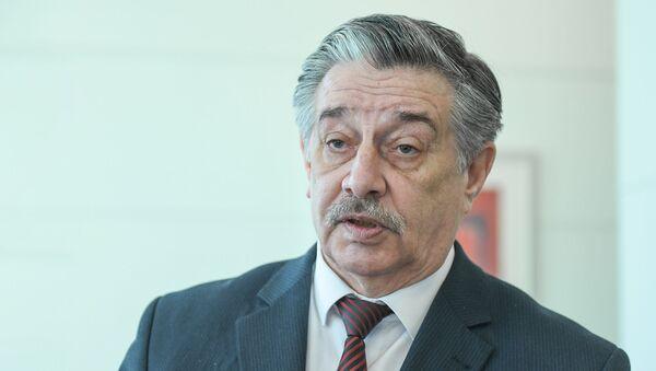 Депутат Милли меджлиса, глава Русской общины в Азербайджана Михаил Забелин - Sputnik Азербайджан