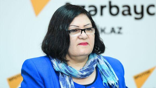 Председатель общества женщин-инвалидов Махлуга Рагимова - Sputnik Azərbaycan
