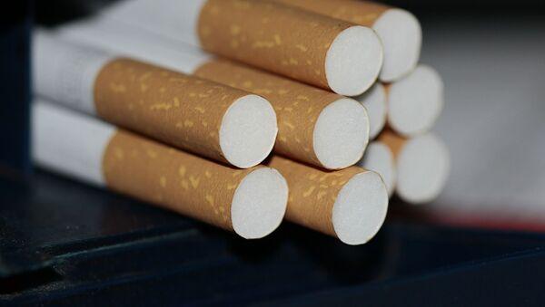 Сигаретный окурок, фото из архива - Sputnik Азербайджан