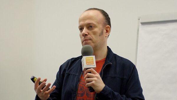 Руководитель российской Лаборатории комьюнити Владислав Титов - Sputnik Азербайджан