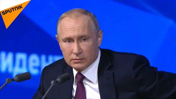 LIVE_СНГ: Ежегодная пресс-конференция президента РФ Владимира Путина - Sputnik Азербайджан