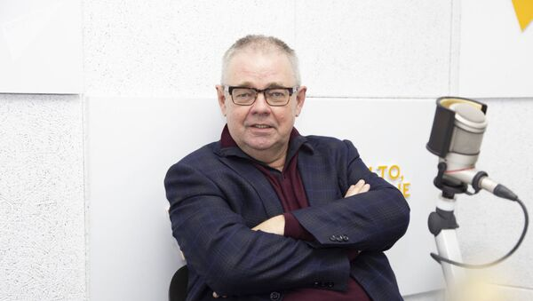 Российский журналист и медиаэксперт Владимир Мамонтов - Sputnik Азербайджан