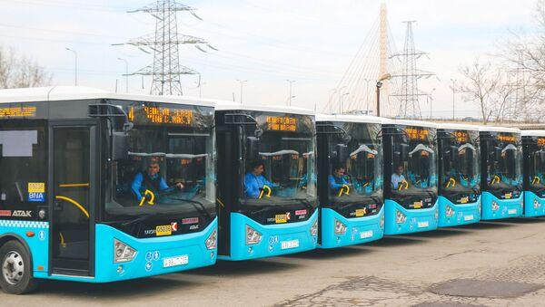Новые автобусы 64-го маршрута - Sputnik Азербайджан