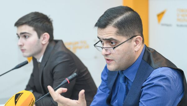 Руководитель аналитического центра Атлас Эльхан Шахиноглу - Sputnik Азербайджан