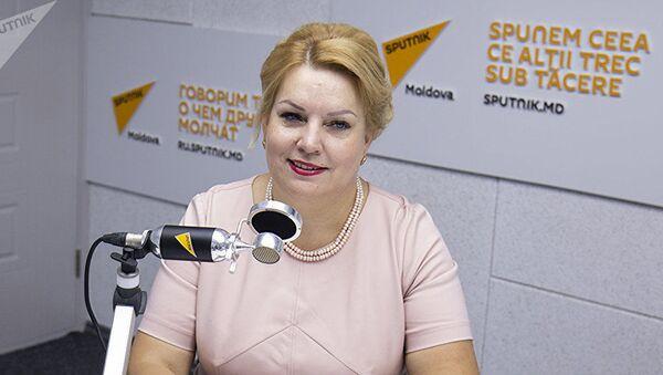 Директор молдавского Центра общественного здоровья муниципия Луминица Сувейкэ - Sputnik Азербайджан