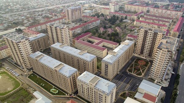 Sumqayıtda qaçqın və məcburi köçkün ailələri üçün inşa olunan yaşayış binaları kompleksi - Sputnik Азербайджан