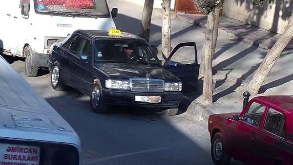 БТА продолжает мероприятия по борьбе с незаконной парковкой - Sputnik Азербайджан