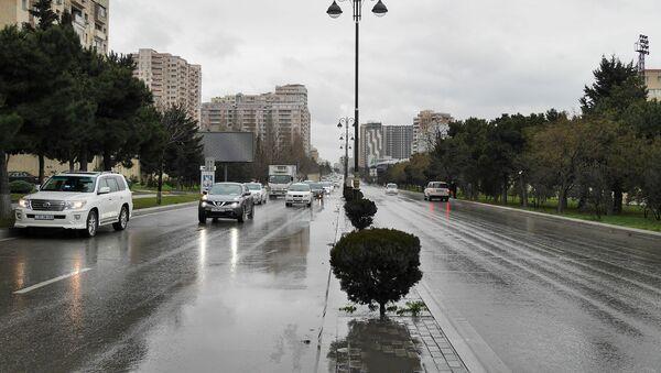 Дождливая погода в Баку - Sputnik Azərbaycan