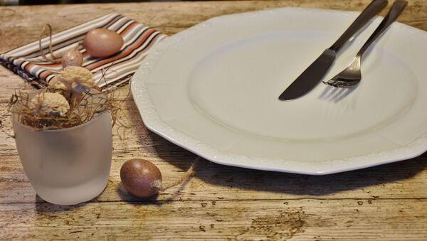 Пустая тарелка - Sputnik Азербайджан
