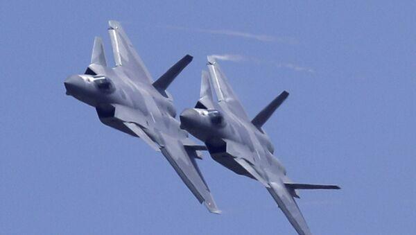 Çinin J-20 qırıcıları aviaşouda - Sputnik Azərbaycan