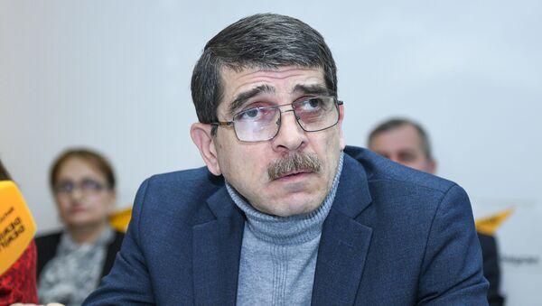 Пресс-конференция, посвященная проблемам воспитания подрастающего поколения и новаторских методов решения этой проблемы в мультимедийном пресс-центре Sputnik Азербайджан - Sputnik Azərbaycan