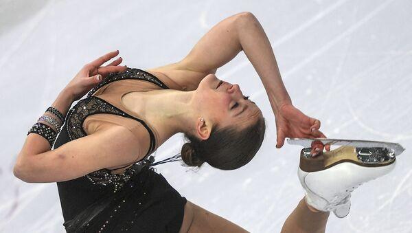 Екатерина Рябова (Азербайджан) выступает в короткой программе женского одиночного катания на чемпионате Европы по фигурному катанию в Минске - Sputnik Азербайджан