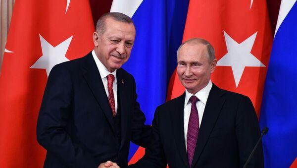 Rusiya prezidenti Vladimir Putin və Türkiyə prezidenti Rəcəb Tayyib Ərdoğan - Sputnik Azərbaycan