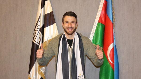 Итальянский футболист Джанлука Сансоне - Sputnik Азербайджан