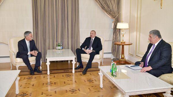 İlham Əliyev Formula-1 Qrupunun baş icraçı direktorunu qəbul edib - Sputnik Азербайджан