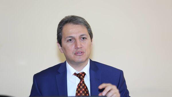 эксперт по вопросам прав медиа Алескер Мамедли - Sputnik Азербайджан