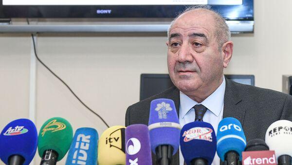 Respublika Seysmoloji Xidmət Mərkəzinin (RSXM) direktor müavini Qurban Yetirmişli - Sputnik Azərbaycan