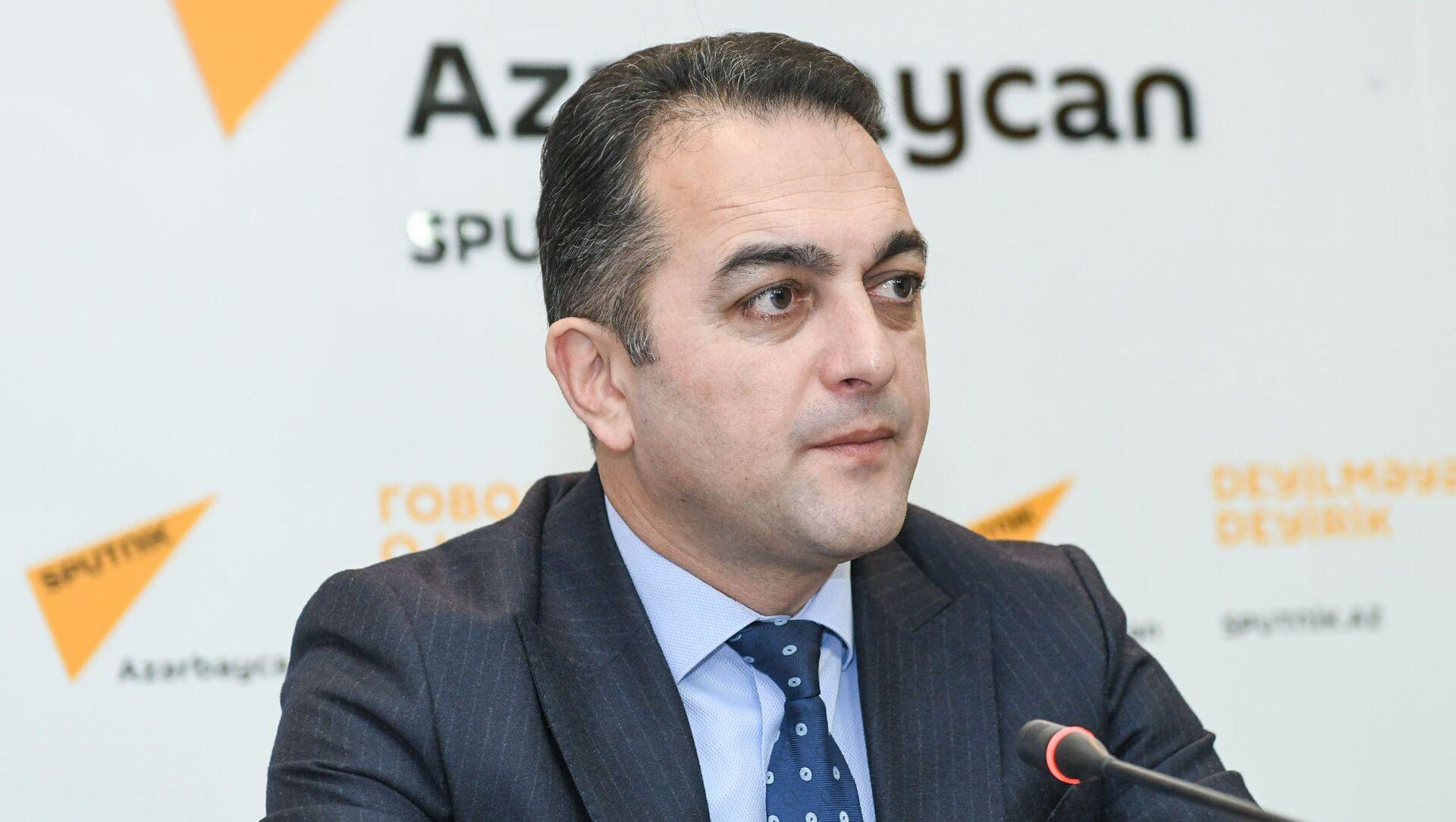 Директор Экспертного центра недвижимости Рамиль Османлы - Sputnik Азербайджан, 1920, 23.09.2021