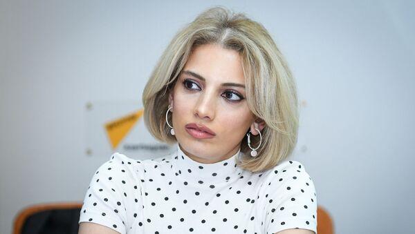 Сона Расулова, ведущая радиостанции MEDIA FM - Sputnik Azərbaycan
