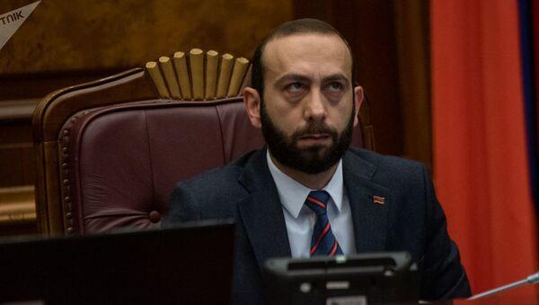 Ermənistan Milli Məclisinin spikeri Ararat Mirzoyan - Sputnik Azərbaycan