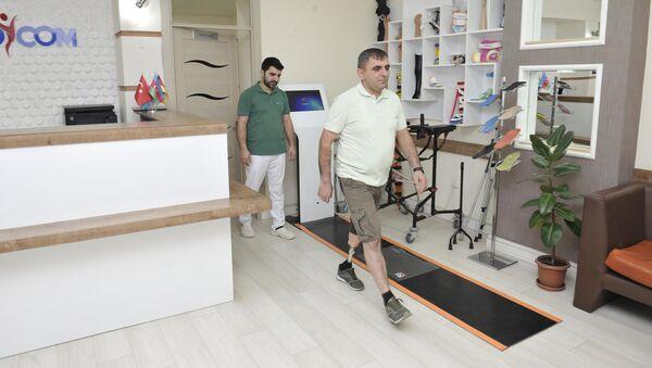В рамках программы обеспечения высокотехнологичными протезами раненых военнослужащих протезами обеспечена еще одна группа инвалидов Карабахской войны - Sputnik Azərbaycan