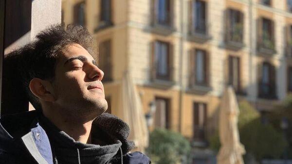 Заслуженный артист Азербайджана Эльвин Годжа Ганиев - Sputnik Азербайджан