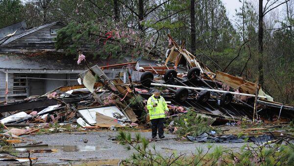 Alabama ştatında baş vermiş tornado - Sputnik Azərbaycan