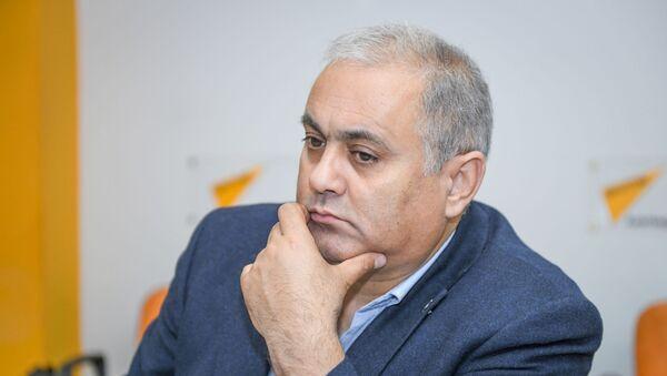 Глава общественного объединения Культура и время, заслуженный артист Азербайджана Интигам Солтан - Sputnik Азербайджан