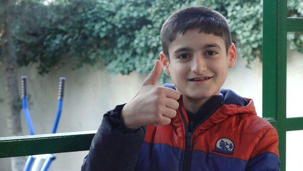 """Əli Əhmədiyev """"Sən Supersən!""""də bacısını dəstəkləyir - Sputnik Azərbaycan"""