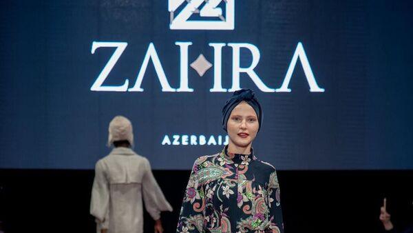Показ мод в рамках недели моды Modest Fashion Week - Sputnik Азербайджан