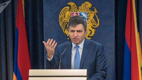 Ermənistan müdafiə nazirinin müavini David Paxçanyan - Sputnik Azərbaycan