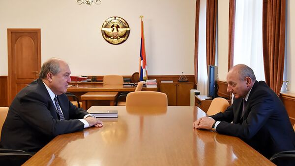 Встреча  Армена Саркисяна и Бако Саакяна (15 октября 2018). Еревaн - Sputnik Azərbaycan