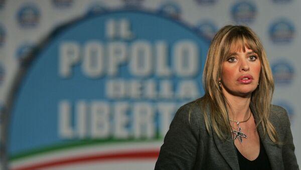 Алессандра Муссолини в избирательном штабе партии Народ свободы в Риме - Sputnik Азербайджан