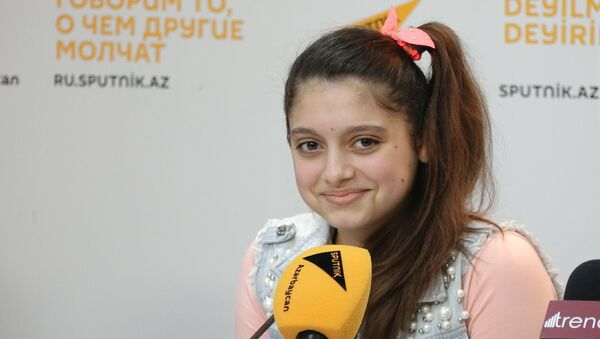 Главное - петь с душой: Ханым Ахмадиева выступила на площадке Sputnik Азербайджан - Sputnik Азербайджан