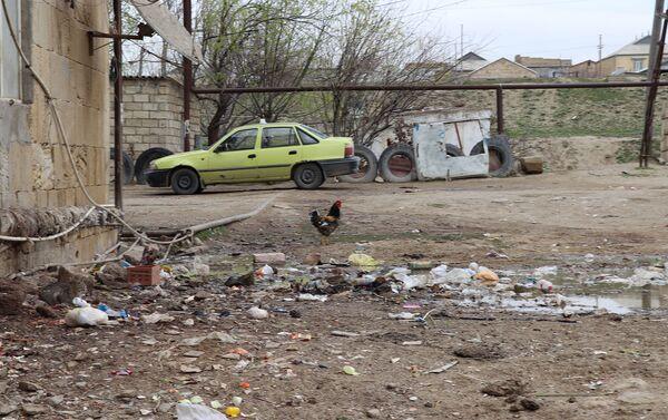 Двор общежития - Sputnik Азербайджан