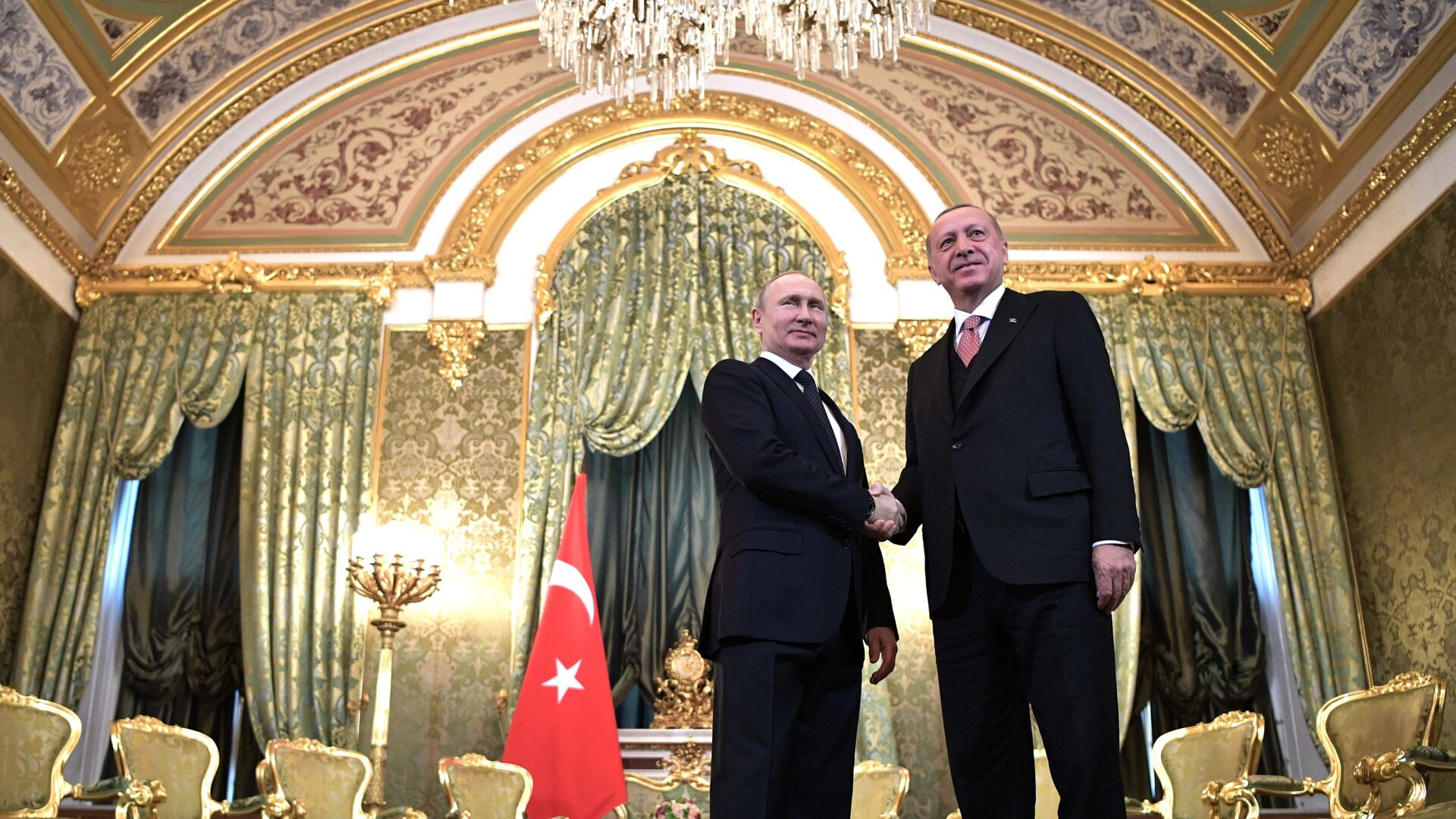 Президент РФ Владимир Путин и президент Турции Реджеп Тайип Эрдоган во время встречи - Sputnik Азербайджан, 1920, 27.09.2021