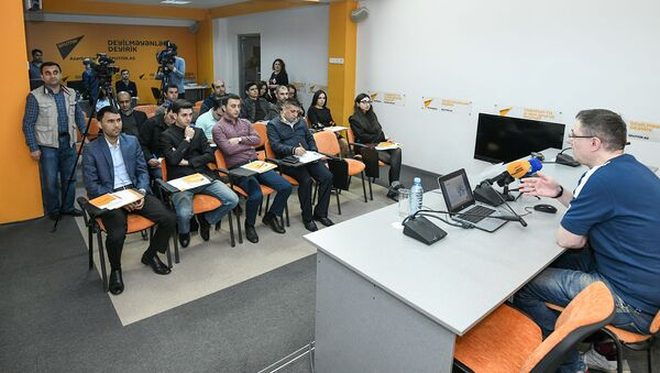 Мастер-класс образовательного проекта SputnikPro для представителей СМИ - Sputnik Азербайджан