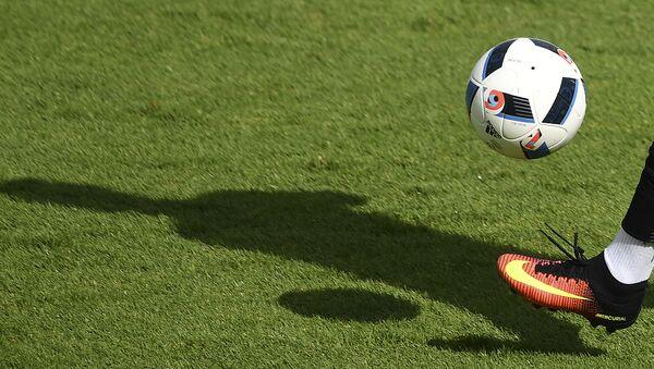 Futbolçunun kölgəsi - Sputnik Azərbaycan