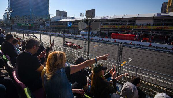 Второй день Гран при Азербайджана Формула 1 - Sputnik Азербайджан