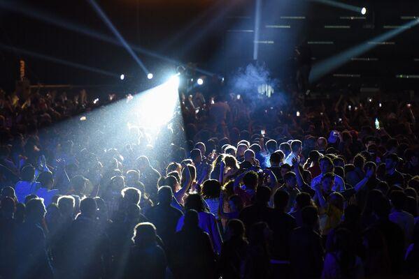 Концерт Карди Би в рамках развлекательной программы Гран-при Азербайджана Формула-1 - Sputnik Азербайджан