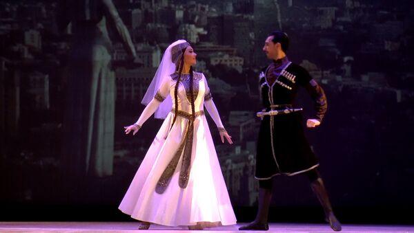 В Баку устроили Танцевальное путешествие  - Sputnik Азербайджан