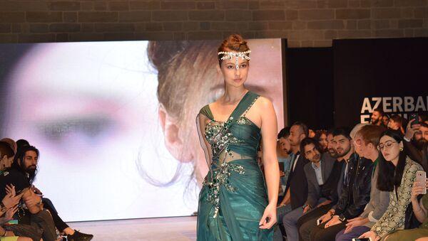 Второй день Azerbaijan Fashion Week - Sputnik Азербайджан
