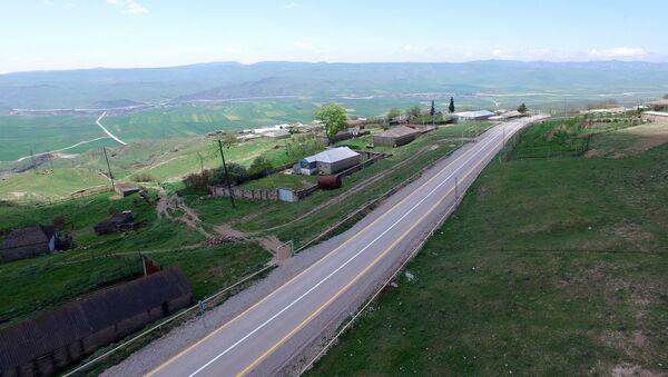 Новая автомобильная дорога Гобустан-Поладлы - Sputnik Азербайджан