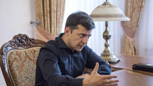 Президент Украины Владимир Зеленский - Sputnik Азербайджан